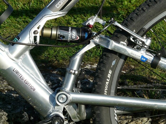 best-mountain-bikes-under-500-dollars-brake-suspension