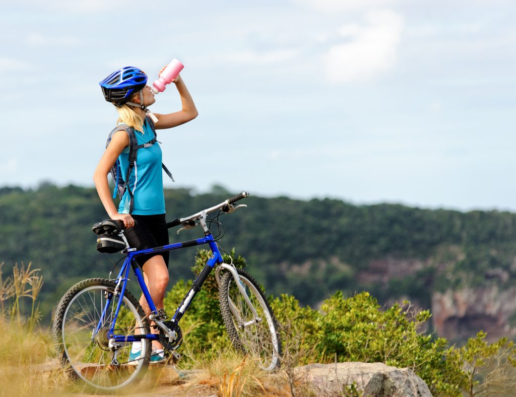 Mountain-Biking-Tips-drinking-water