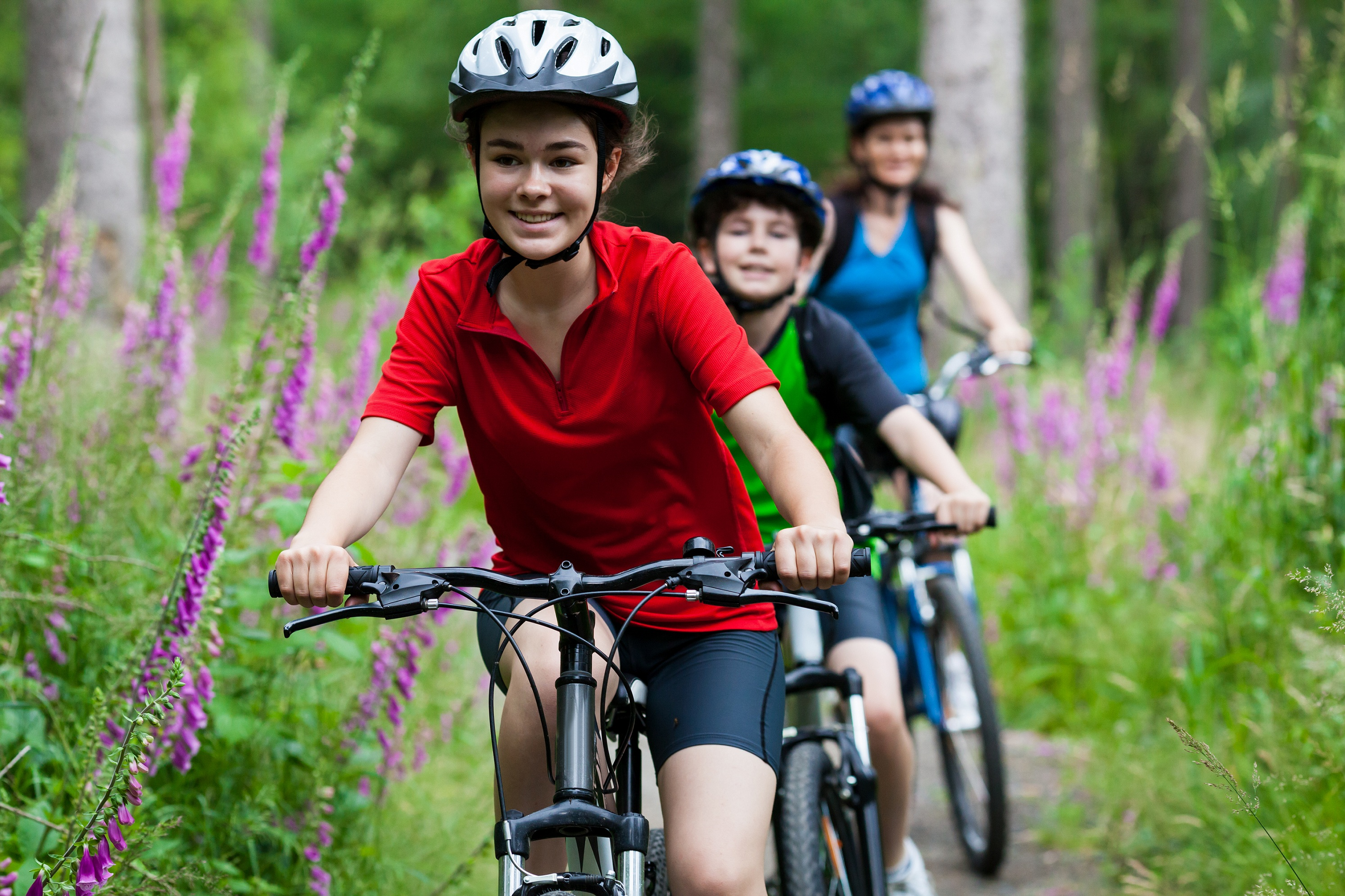 Your-Child-Might-Get-Hurt-During-Cycling-family